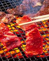 焼肉(カルビ) 20013003419| 写真素材・ストックフォト・画像・イラスト素材|アマナイメージズ