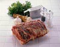 牛肉(ローストビーフ) 20013005521| 写真素材・ストックフォト・画像・イラスト素材|アマナイメージズ