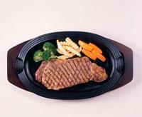 ステーキ 20013009236| 写真素材・ストックフォト・画像・イラスト素材|アマナイメージズ