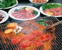 焼き肉 20013009373| 写真素材・ストックフォト・画像・イラスト素材|アマナイメージズ