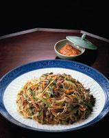 雑菜(チャプチェ) 20013011885| 写真素材・ストックフォト・画像・イラスト素材|アマナイメージズ