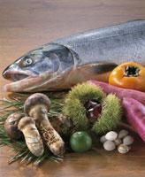 秋素材集合(鮭) 20013013866| 写真素材・ストックフォト・画像・イラスト素材|アマナイメージズ
