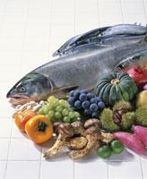 秋素材集合(鮭) 20013013879| 写真素材・ストックフォト・画像・イラスト素材|アマナイメージズ