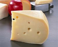 エメンタールチーズ 20013014205| 写真素材・ストックフォト・画像・イラスト素材|アマナイメージズ