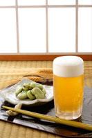 ビールとそら豆