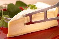 チーズ 20013014609| 写真素材・ストックフォト・画像・イラスト素材|アマナイメージズ