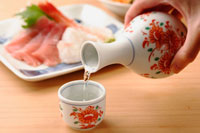 日本酒 20013014651| 写真素材・ストックフォト・画像・イラスト素材|アマナイメージズ