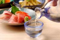 日本酒 20013014653| 写真素材・ストックフォト・画像・イラスト素材|アマナイメージズ