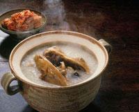 参鶏湯粥 20013018120| 写真素材・ストックフォト・画像・イラスト素材|アマナイメージズ