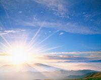 山並みと雲海