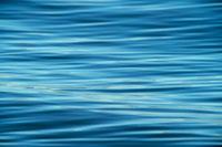 水面 20014001774| 写真素材・ストックフォト・画像・イラスト素材|アマナイメージズ
