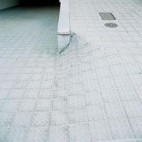 スロープ 20021000139| 写真素材・ストックフォト・画像・イラスト素材|アマナイメージズ