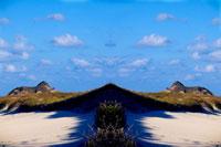シンメトリーの砂丘 20021000837| 写真素材・ストックフォト・画像・イラスト素材|アマナイメージズ