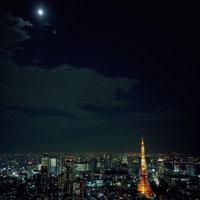 東京タワーと都市風景の夜景 20021001105| 写真素材・ストックフォト・画像・イラスト素材|アマナイメージズ