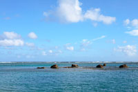 ビーチと青空 20021001248| 写真素材・ストックフォト・画像・イラスト素材|アマナイメージズ