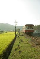 電車 20021005634| 写真素材・ストックフォト・画像・イラスト素材|アマナイメージズ