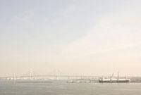 ベイブリッジと海