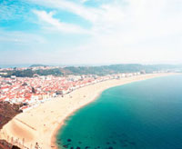 海岸線と青空 20021005717| 写真素材・ストックフォト・画像・イラスト素材|アマナイメージズ
