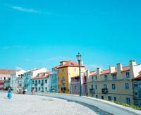 カラフルな住宅 20021005720| 写真素材・ストックフォト・画像・イラスト素材|アマナイメージズ