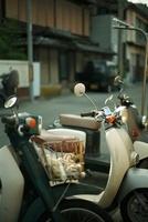 道に並んだバイク