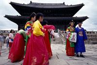 Hanbok wearing visitors