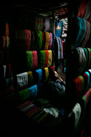 Traditional Mizo Handloom textile stall 20023002699| 写真素材・ストックフォト・画像・イラスト素材|アマナイメージズ