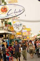 Strolling Khao San Rd