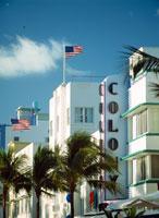 Art deco buildings on Ocean Drive 20023002870  写真素材・ストックフォト・画像・イラスト素材 アマナイメージズ