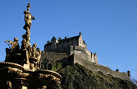 Edinburgh Castle and the Ross Fountain as seen from Princes