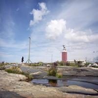 Finland, Lightouse Island, Woman standing alone