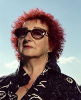 Elder woman wearing sunglasses, portrait