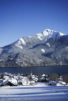 Austria, Salzkammergut, St. Gilgen in winter
