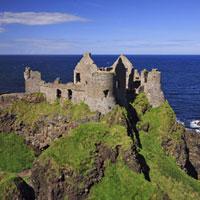 Dunluce Castle�CCauseway Coast�CCounty Antrim