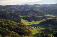 Germany, Baden-Wuerttemberg, near Freiburg, Breisgau, View from Lindenberg near St. Peter to Feldberg