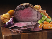 Medium roast beef and vegetables