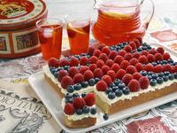 Lemonade fruity flag tray bake cake