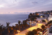 Spain, Canary Islands, La Palma, View of beach at evening