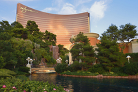 USA, Nevada, Las Vegas, View of garden along Wynn Hotel