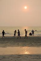 Asia, Thailand, Koh Chang, Soccer on white sand beach