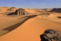 Algeria, Sahara,  Tassili N'Ajjer National Park, Tadrart, sand dunes of Moul Naga