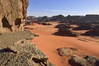 Algeria, Sahara, Tassili N'Ajjer National Park, Tadrart region, rocky landscape of the cirque