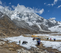 Nepal, Himalaya, Khumbu, Ama Dablam base camp 20025331609| 写真素材・ストックフォト・画像・イラスト素材|アマナイメージズ
