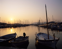 The harbour at sunrise, Puerto Pollensa, Mallorca (Majorca), Balearic Islands, Spain, Mediterranean, Europe