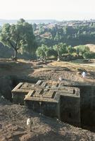 Sunken, rock-hewn Christian church, in rural landscape, Lalibela, UNESCO World Heritage Site, Ethiopia, Africa