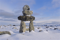 Inukshuk marker at Aupalaqtuq Point, Cape Dorset, Baffin Island, Canadian Arctic, Canada