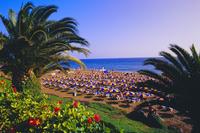 Puerto del Carmen Beach, Lanzarote, Canary Islands, Spain 20025349957  写真素材・ストックフォト・画像・イラスト素材 アマナイメージズ