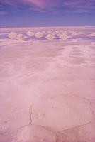 Salt lakes, Salar de Uyuni, Bolivia, South America 20025357933  写真素材・ストックフォト・画像・イラスト素材 アマナイメージズ
