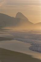 Copacabana Beach,Rio de Janeiro,Brazil,South America 20025358228  写真素材・ストックフォト・画像・イラスト素材 アマナイメージズ
