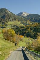 Val di Funes, Dolomites, Bolzano province, Trentino-Alto Adige, Italy, Europe 20025358900| 写真素材・ストックフォト・画像・イラスト素材|アマナイメージズ