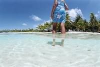 Fakarawa, Tuamotu Archipelago, French Polynesia, Pacific Islands, Pacific 20025359142| 写真素材・ストックフォト・画像・イラスト素材|アマナイメージズ
